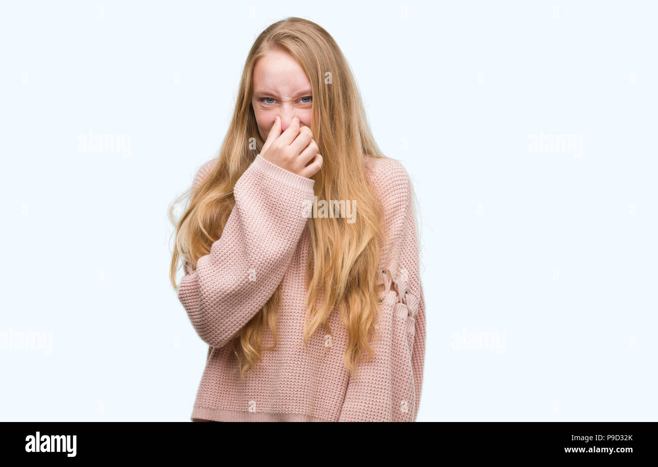 Bad blond teen