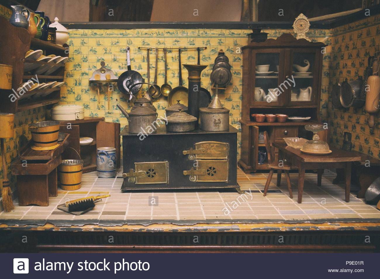Dolls House Kitchen With Stove And Kitchen Furniture, Table, Bench, Chair,  Cupboard And Dishes.
