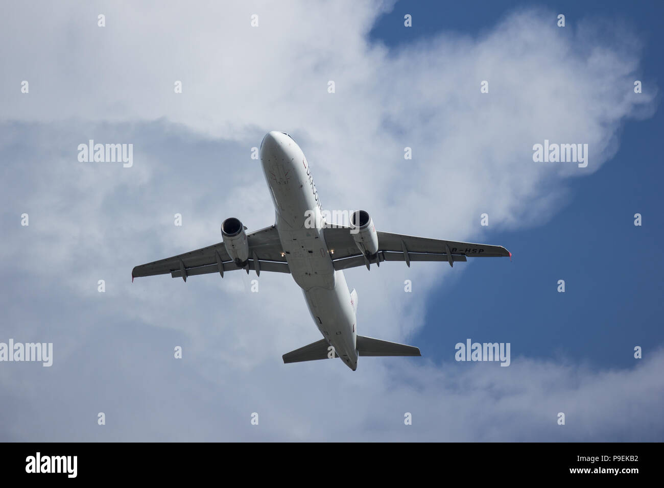 Chiangmai, Thailand - July  17 2018: B-HSP Airbus A320-200 of Dragonair. Take off from  Chiangmai airport to Hongkong airport. - Stock Image