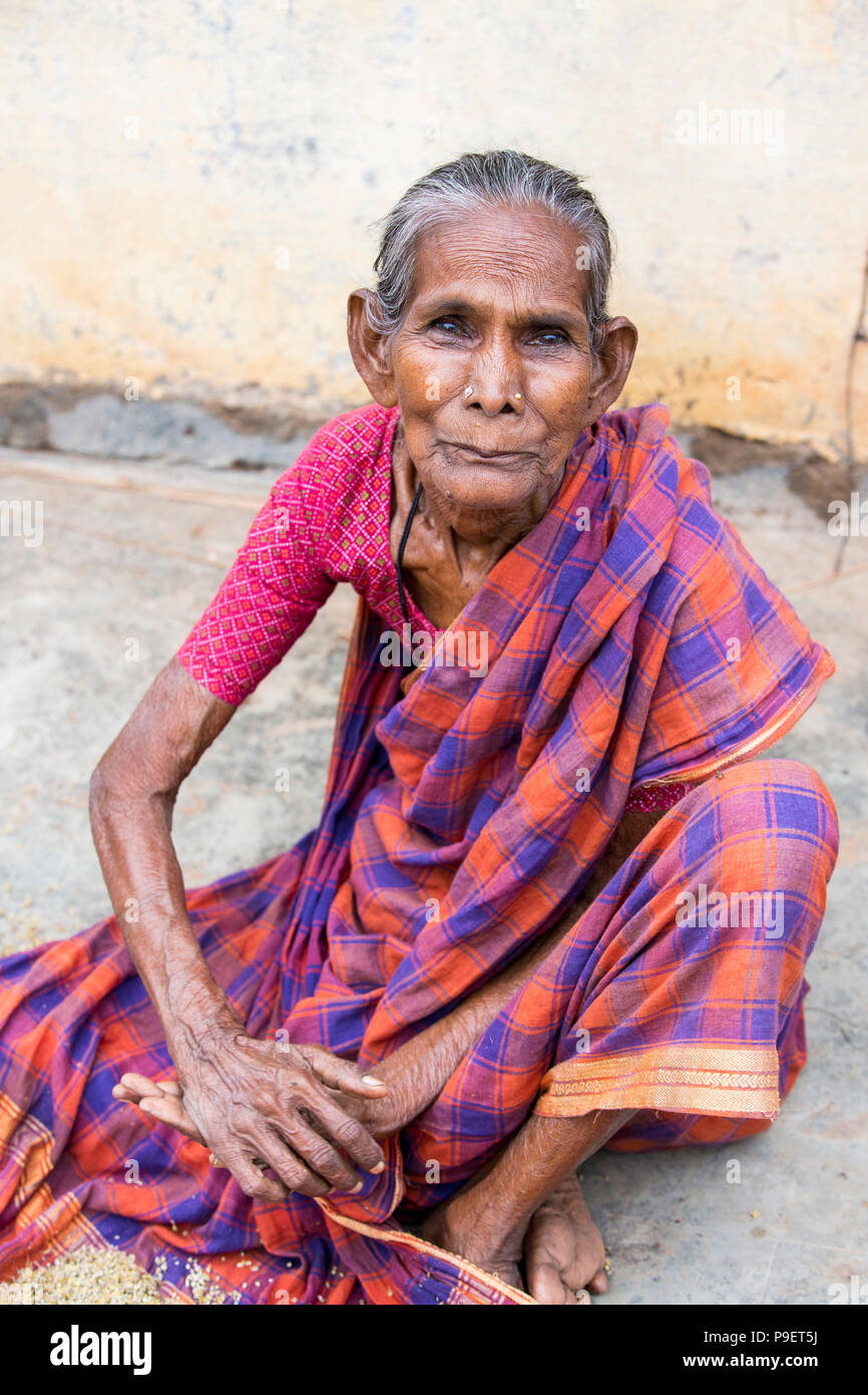Image of: Bihar Pondichery Puducherry Tamil Nadu India September Circa 2017 Portrait Of An Unidentified Indian Old Senior Poor Thin Woman With Saree In The Str Alamy Pondichery Puducherry Tamil Nadu India September Circa 2017