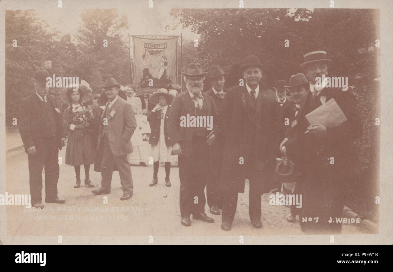 Vintage Photograph of a Labour Party Demonstration at Urmston on 1st July 1911. James Keir Hardie Present. - Stock Image