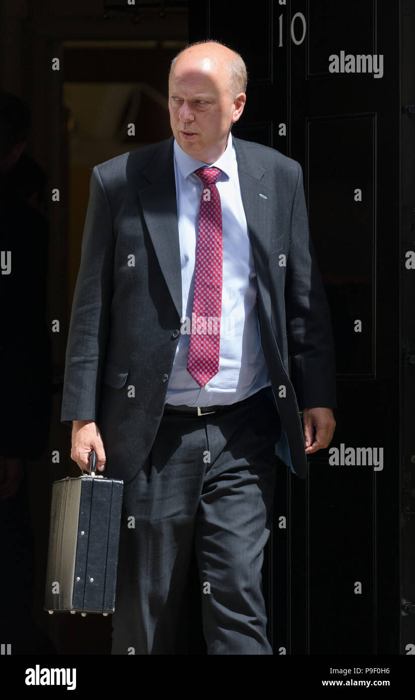 London, UK. 17th July 2018. Chris Grayling, Secretary of State for Transport leaving Downing Street after attending a cabinet meeting. Credit: Vickie Flores/Alamy Live News - Stock Image