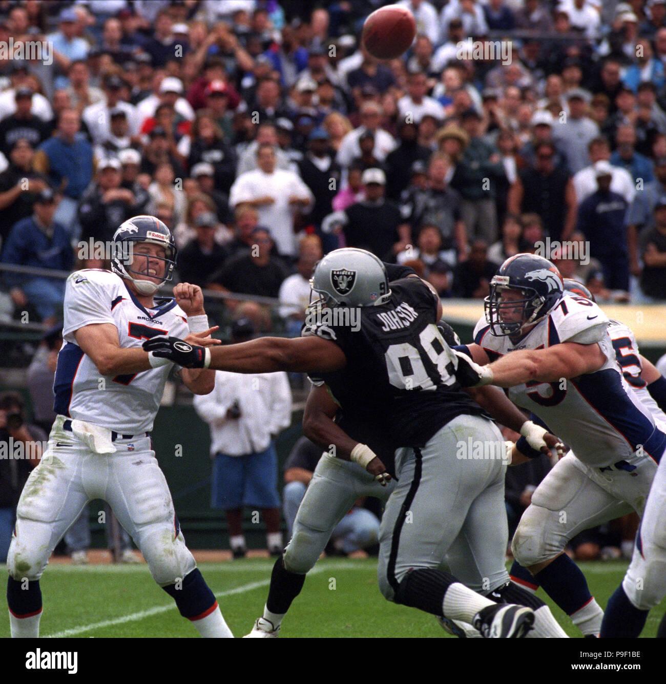 Denver News I 25: Denver Broncos Quarterback John Elway Stock Photos
