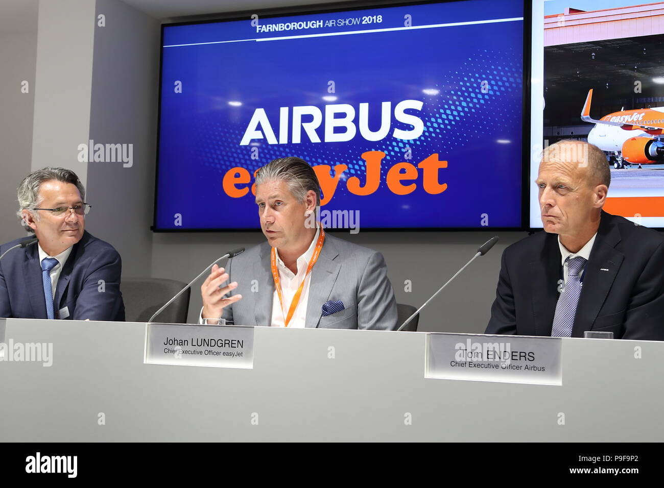 Easyjet took official delivery of its first Airbus A321neo in the presence of Tom Enders, CEO of Airbus, Johan Lundgren, CEO of Easyjet, Gael Meheust, CEO of CFM and Transport Secretary Chris Grayling. Enders, Meheust and Lundgren explained during a press conference that the three companies had engaged in a strategic partnership in which Easyjet relies on a fleet of Airbus A319, A320 and A321 family powered by CFM's fuel-efficient LEAP engines. Credit: Uwe Deffner/Alamy Live News - Stock Image