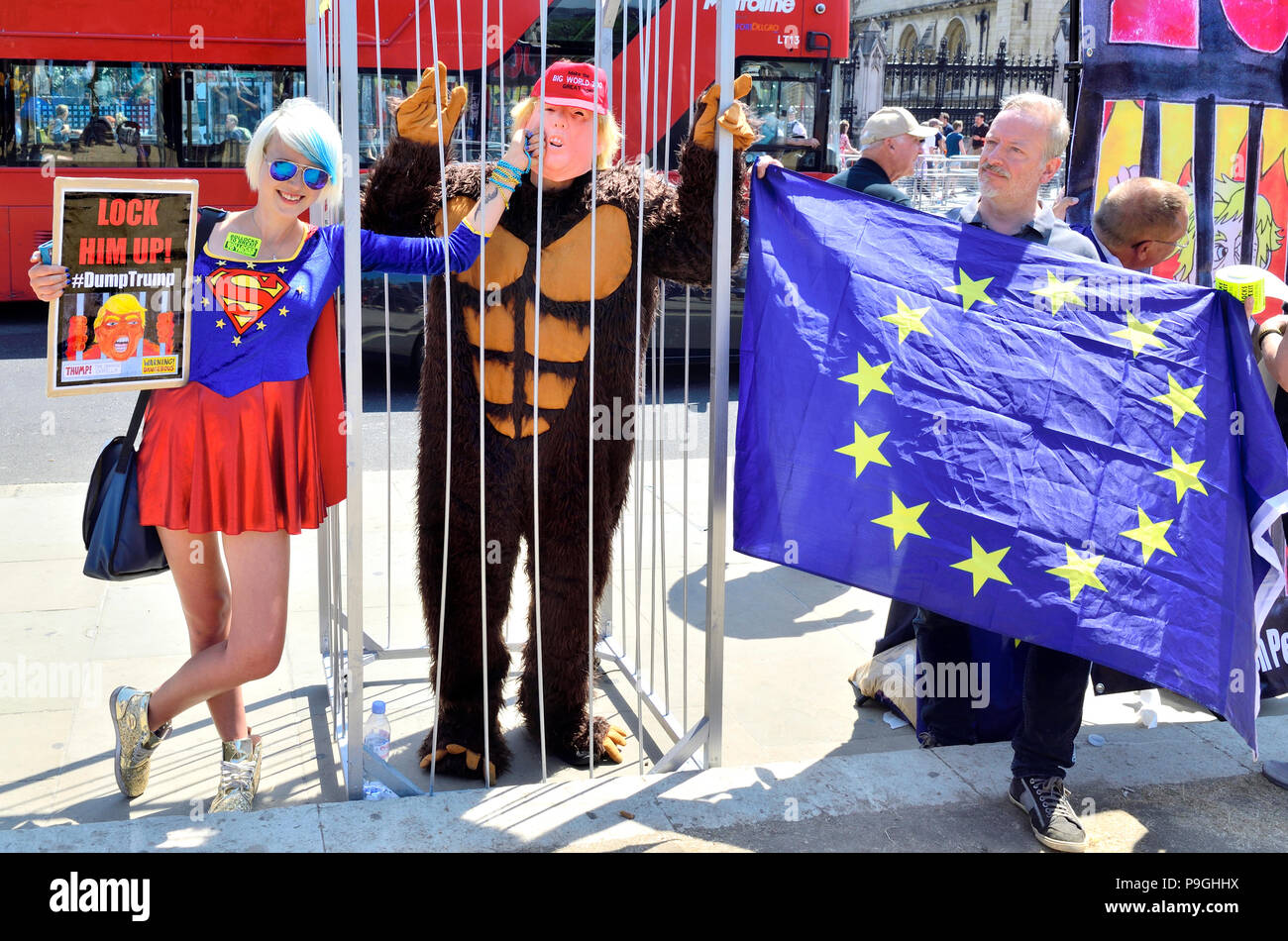 Madeleina Kay - EU Supergirl and Young European of the Year 2018 - with Donald Trump in a cage at the anti-Trump vist protest, Parliament Square, 13th - Stock Image