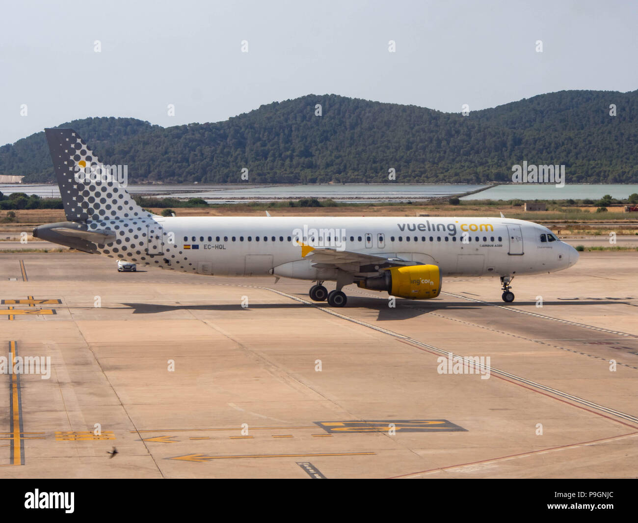 An Airbus A320 belonging to Vueling airlines - Stock Image