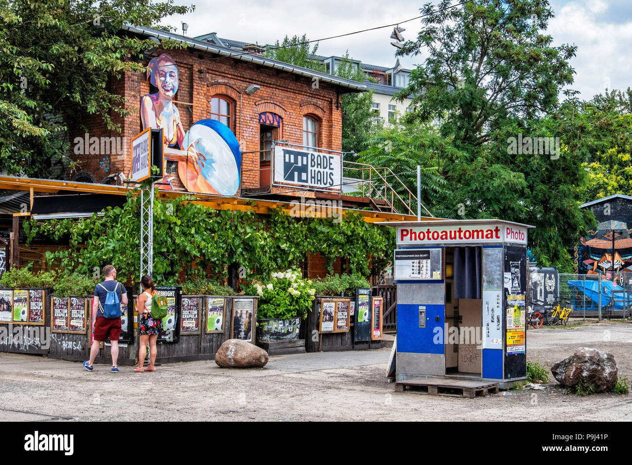 Berlin-Friedrichshain, RAW Gelände Badehaus bar and music room hosting live concerts & jazz sessions. - Stock Image