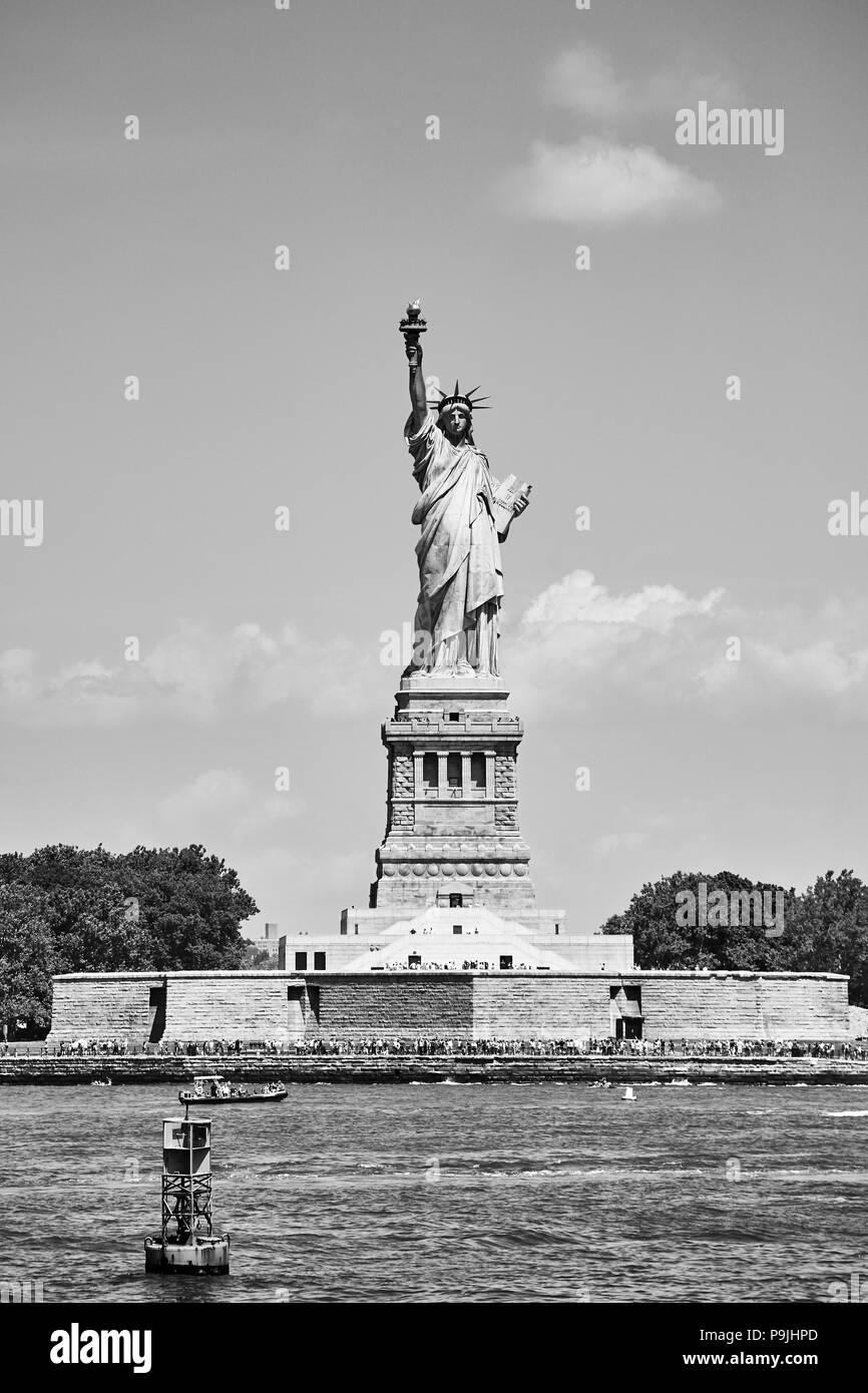 Black and white picture of the Statue of Liberty, New York, USA. - Stock Image