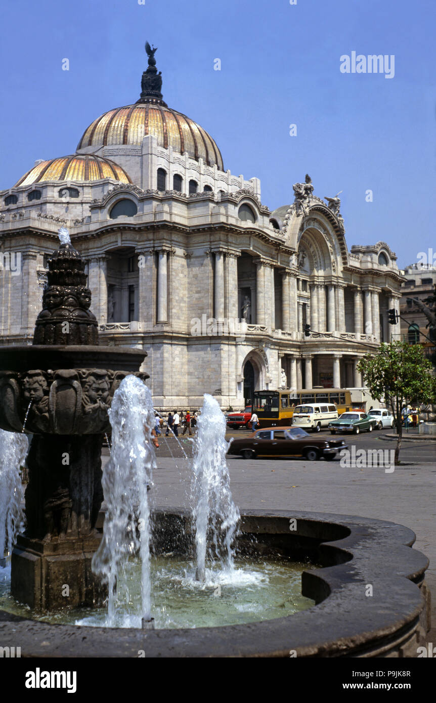 Mexico City, Palace of Fine Arts, built between 1910 and 1934 in white marble by Italian architect Adamo Boari and completed by Federico Mariscal, it  - Stock Image