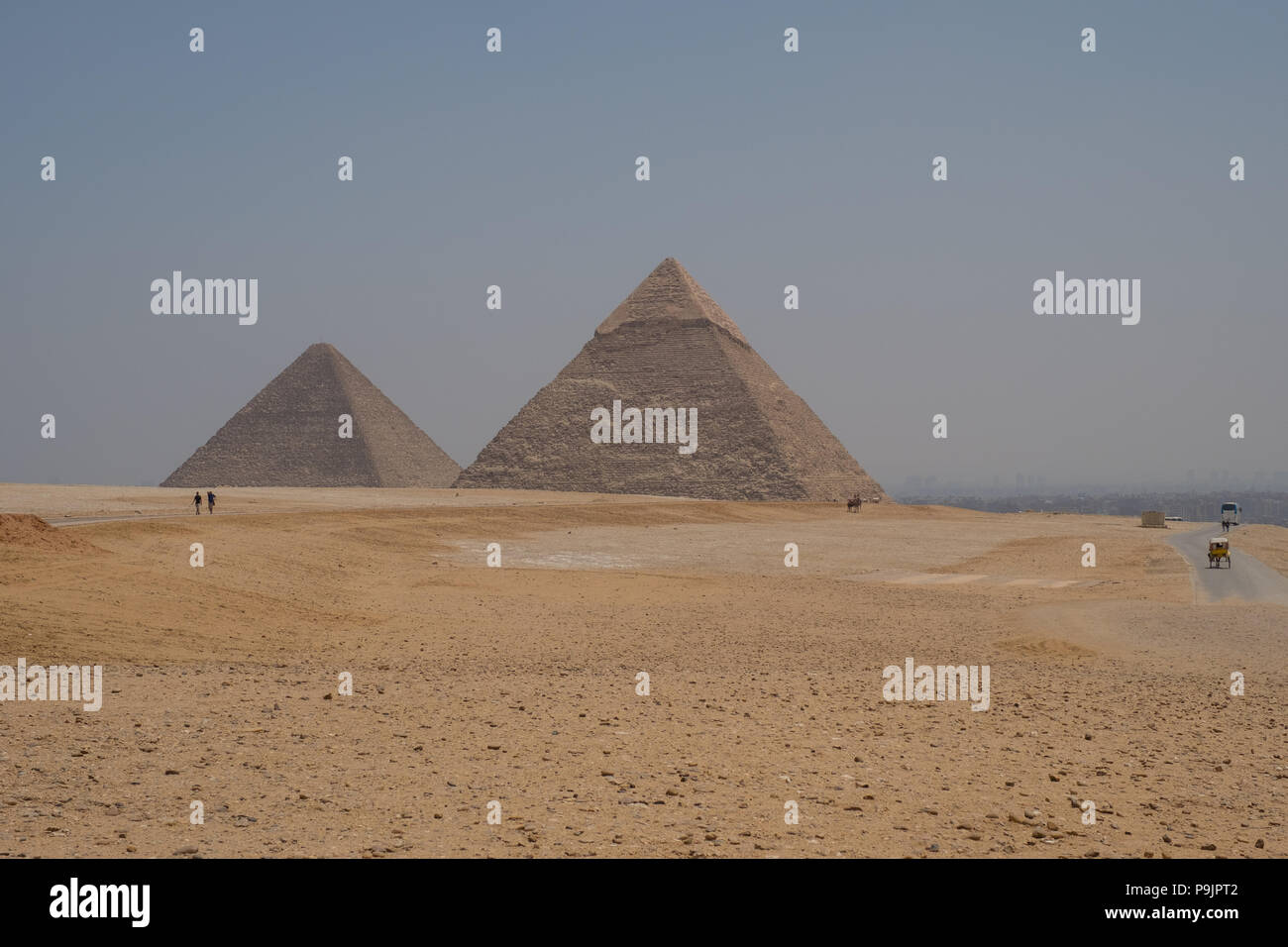 View of the pyramids of Giza, Egypt - Stock Image