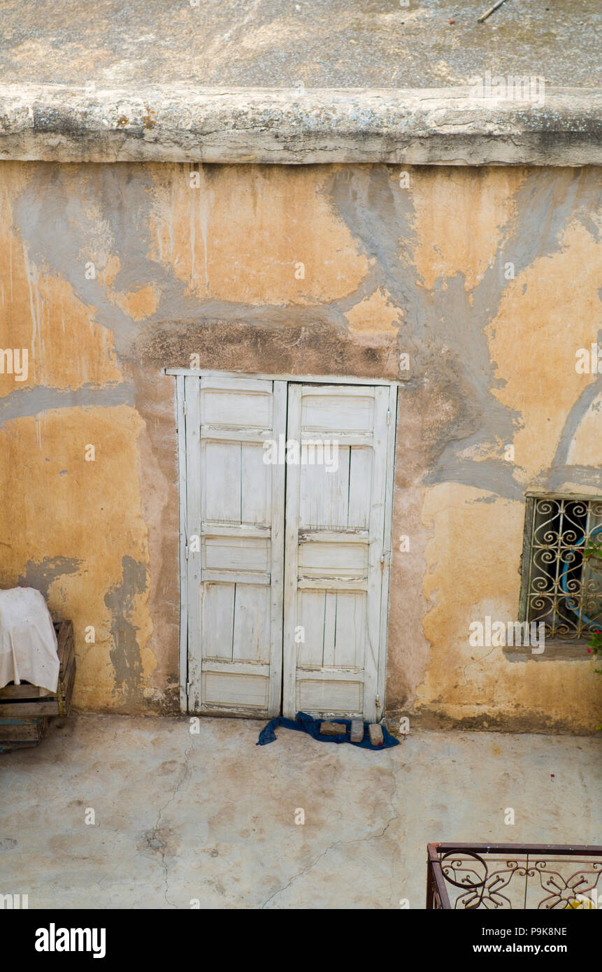 Door to the unknown, morocco - Stock Image