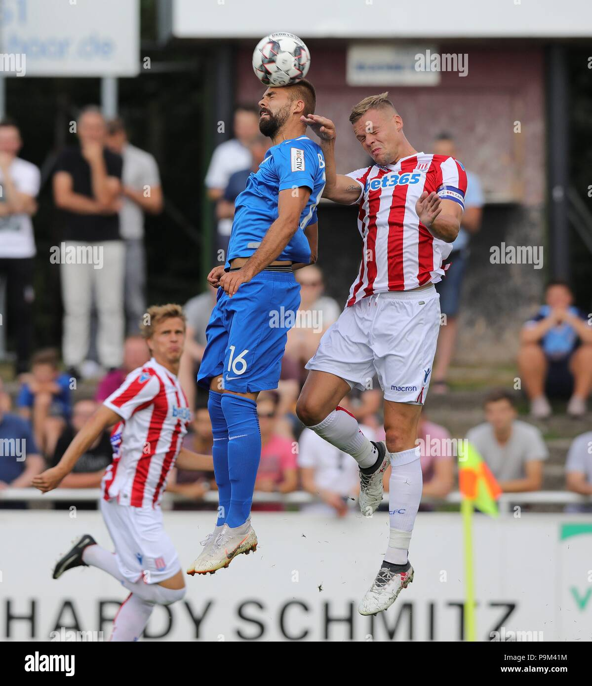 firo: 18.07.2018, Football, 2.Bundesliga, Season 2018/2019, VfL Bochum - Stoke City in Rheine Lukas HINTERSEER, Bochum, duels | - Stock Image