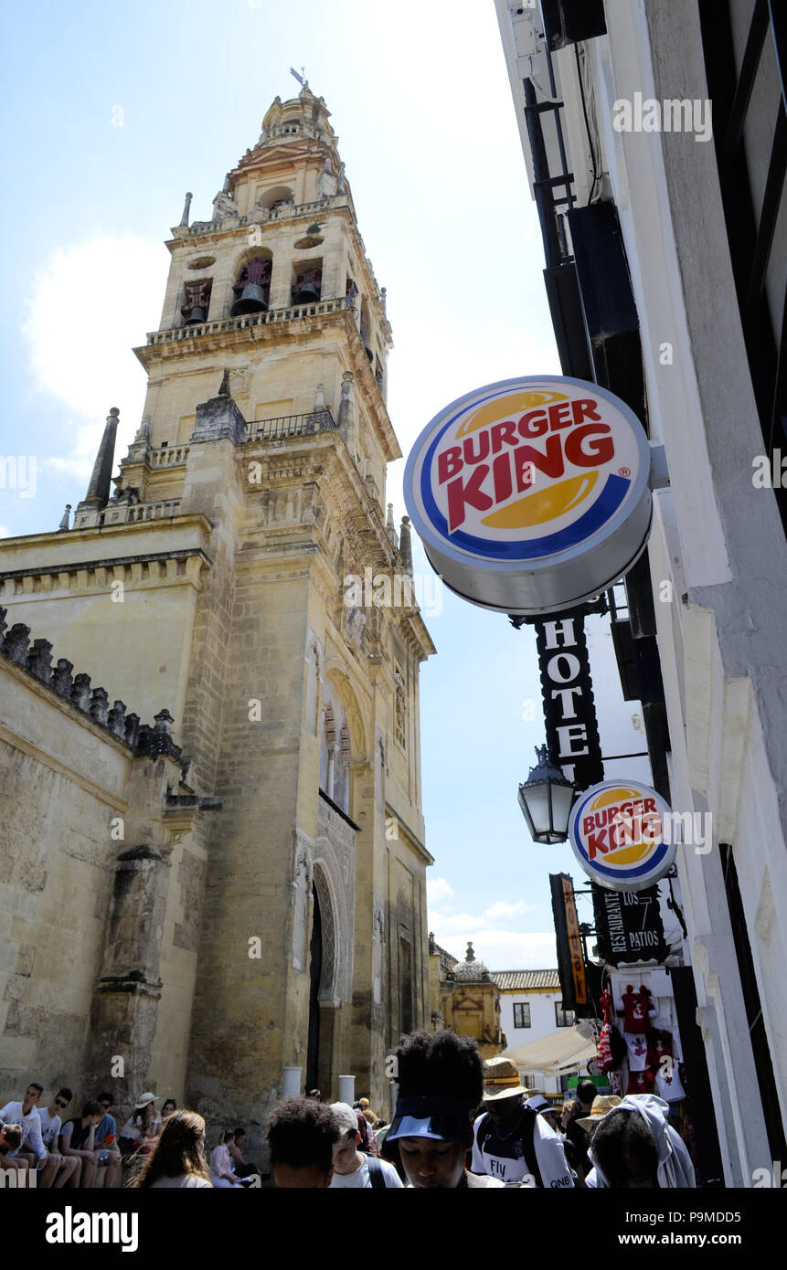 Burger King on Calle Cardenal across from the Cathedral / Mosque in Córdoba, Spain. - Stock Image