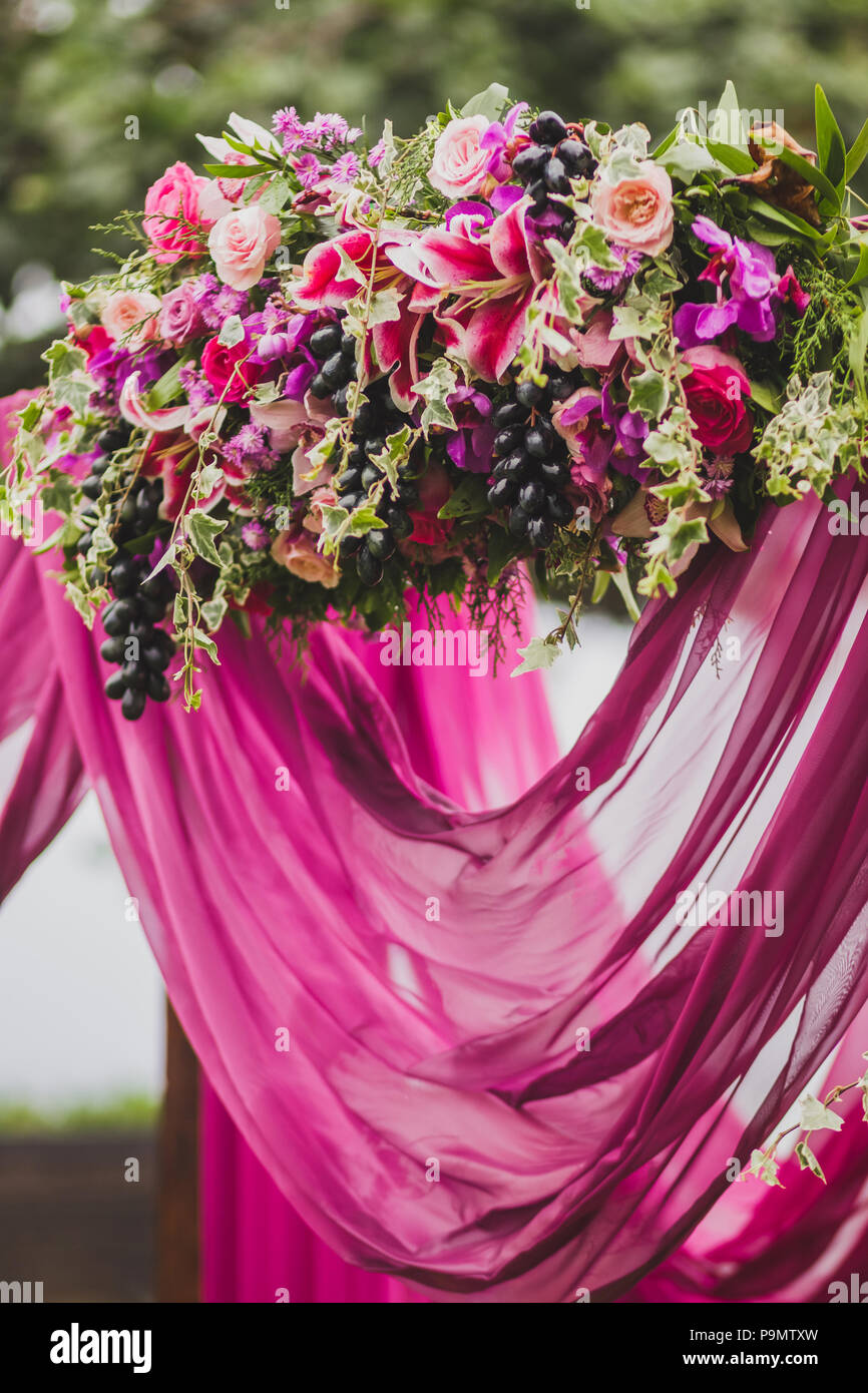 Wedding Decorations Boho Style With Pink And Purple Orchids Roses
