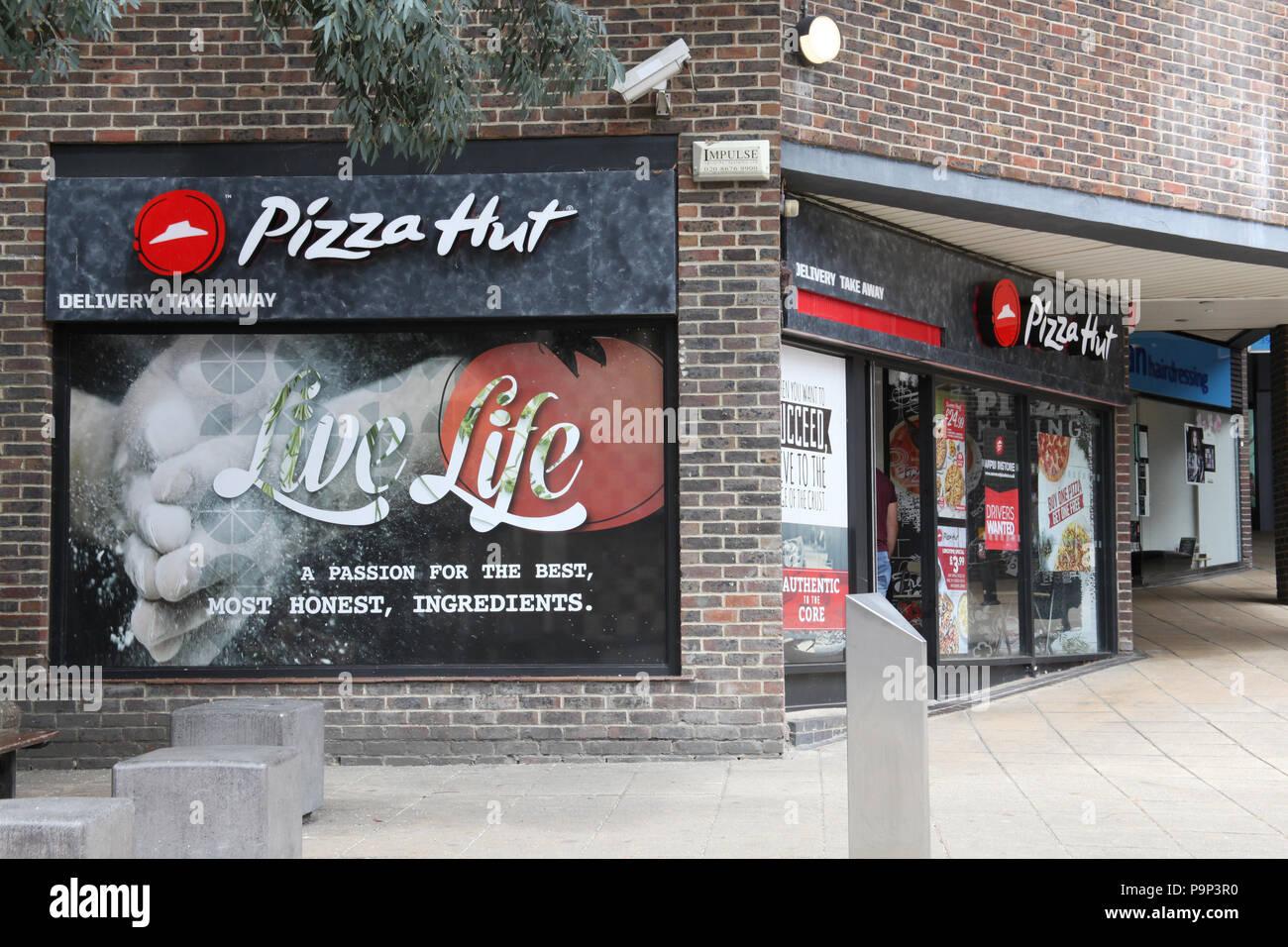 Pizza Hut Uk Stock Photos Pizza Hut Uk Stock Images Alamy