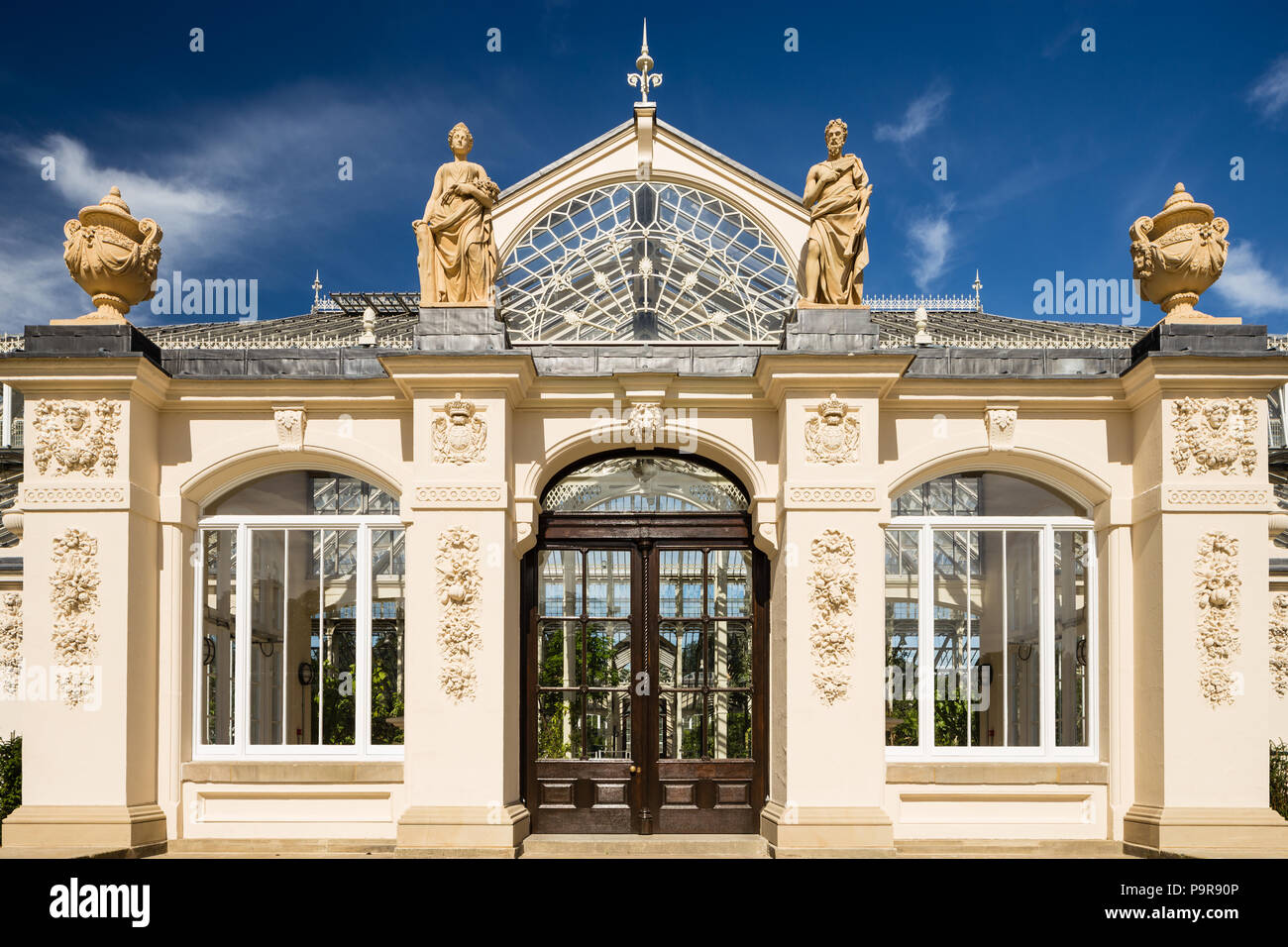Temperate house at Kew RBG, exterior entrance. - Stock Image