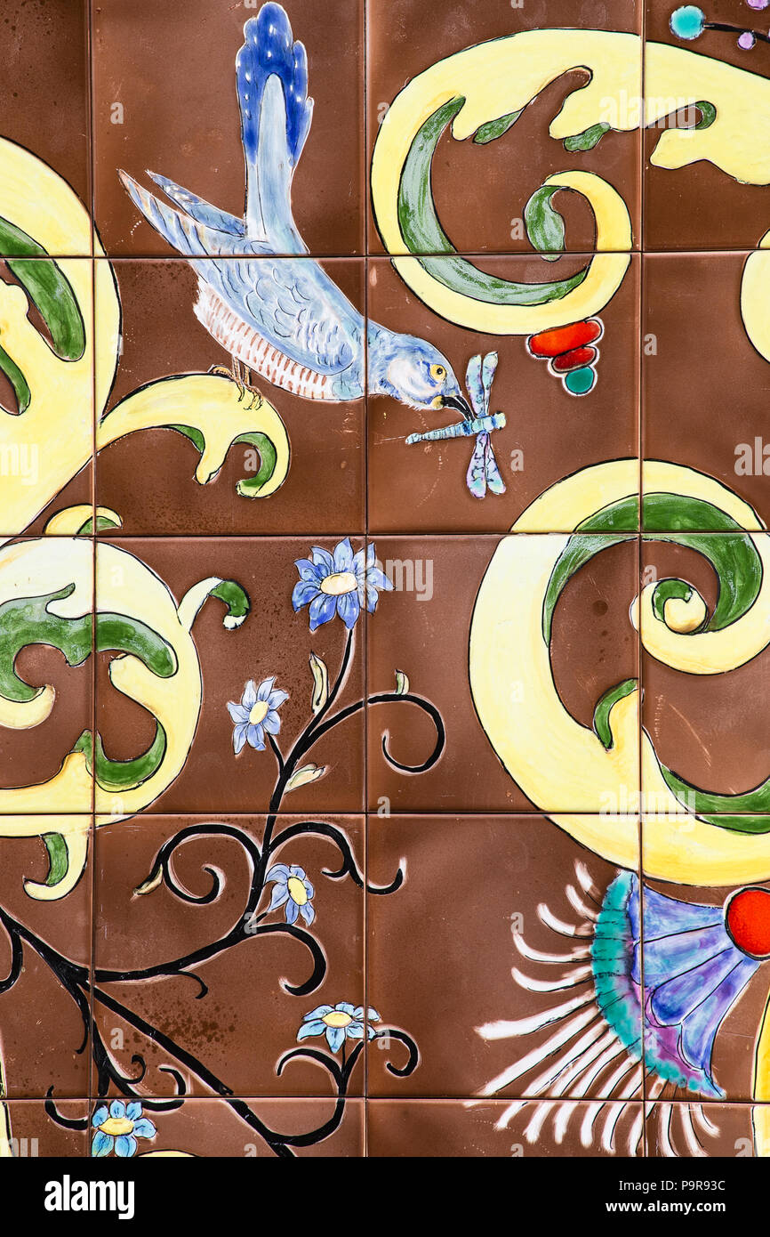 Detail of azulejos, tiles, with bird image, cuckoo and dragonfly, flowers, Palácio Valenças, Sintra, Portugal - Stock Image