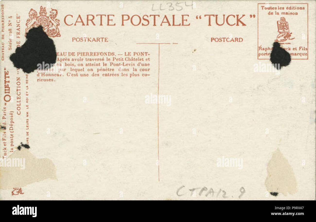 302 Chateau De Pierrefonds, Le Pont Levis. (128-4) (NBY 421202) - Stock Image
