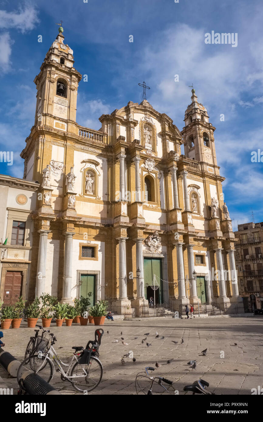 San Domenico on Piazza San Domenico, Palermo, Sicily, Italy, Europe - Stock Image