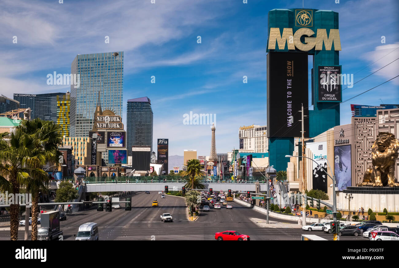 The Las Vegas Strip skyline, Las Vegas, Nevada, USA with traffic on the strip road - Stock Image