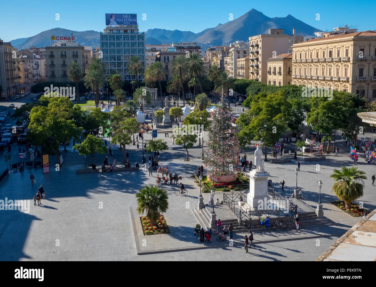 Palermo, Sicily, Italy, Piazza Politeama square with people in the city centre - Stock Image