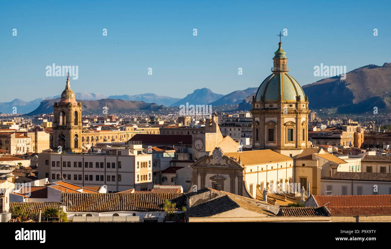 Palermo city Skyline showing the dome of Palermo cathedral, Palermo, Sicily, Italy, Europe - Stock Image