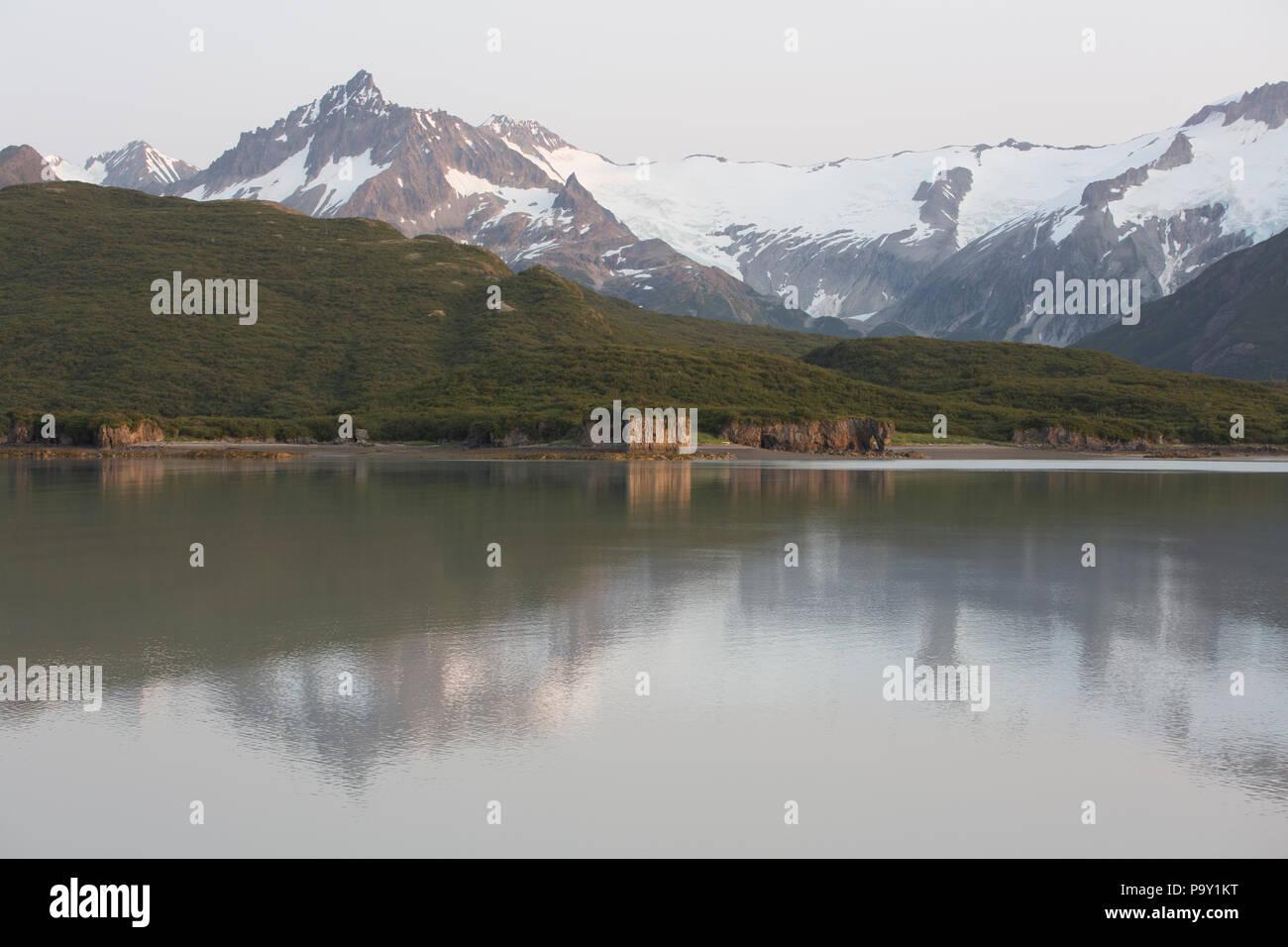 Sunrise in Geographic Harbor, Katmai National Park, Alaska - Stock Image