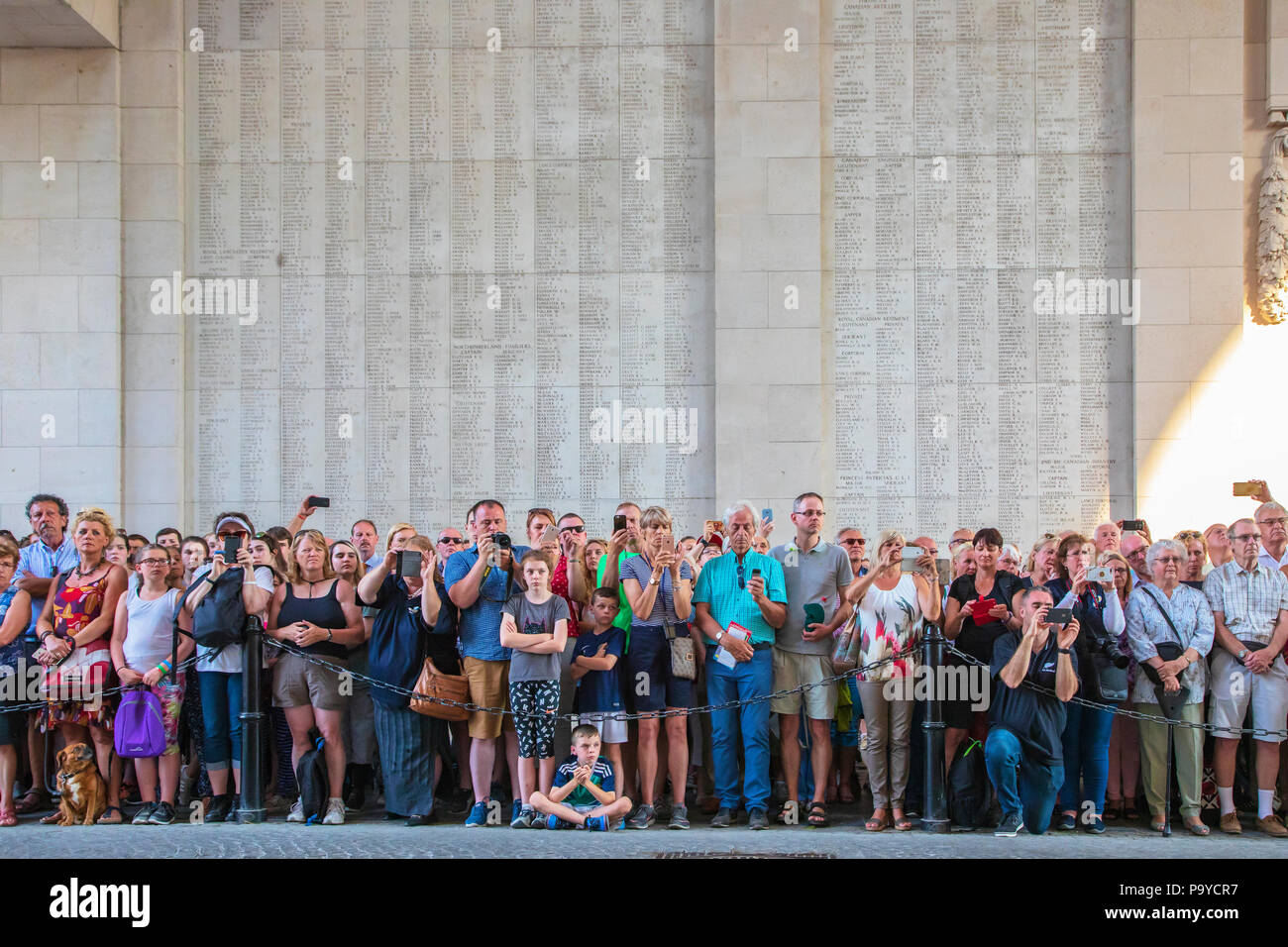 Members of the public in attendance at the nightly memorial service of remembrance at the Menin Gate, Ypres, Belgium - Stock Image