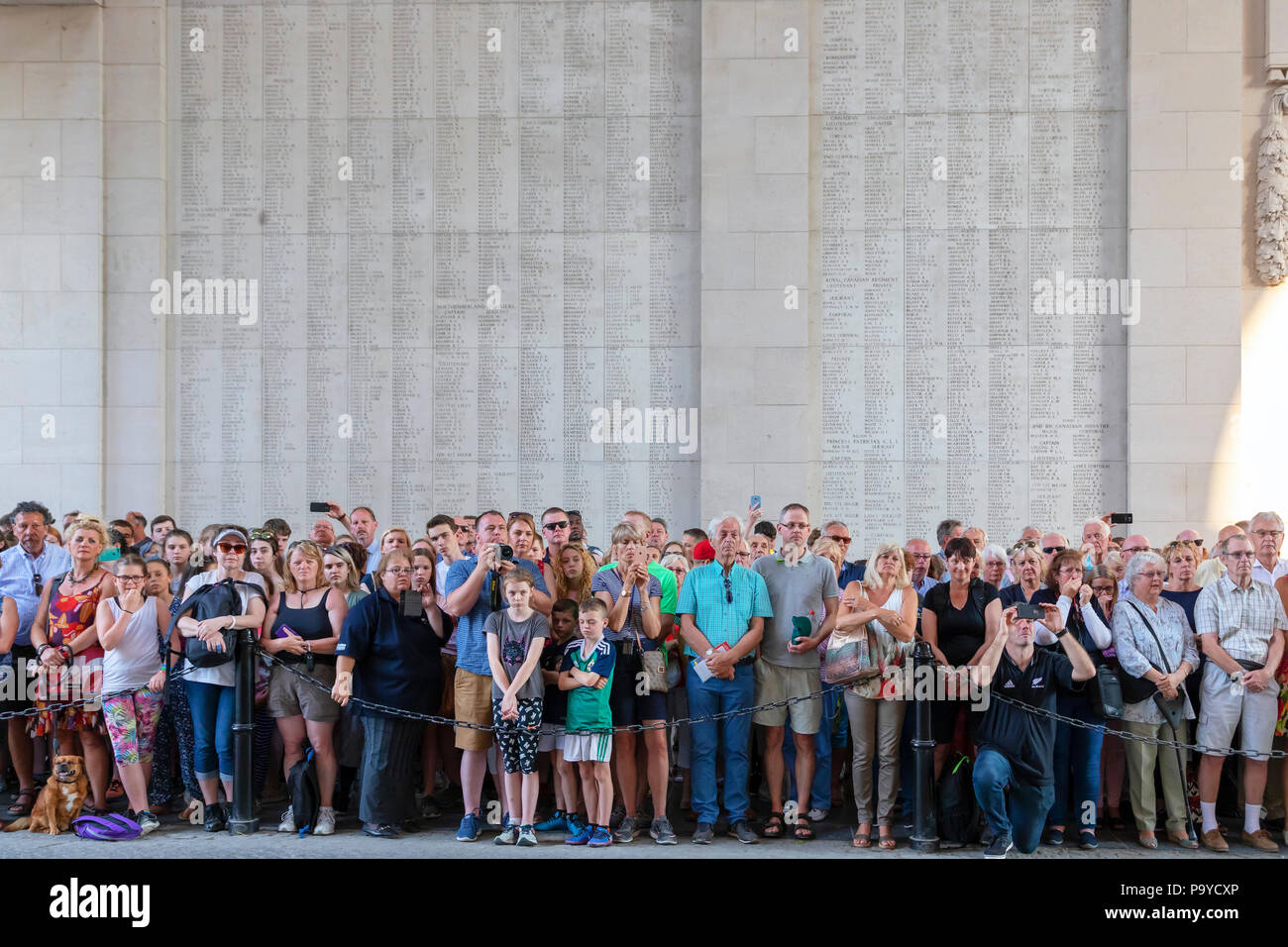 Members off the public in attendance at the nightly memorial service of remembrance at the Menin Gate, Ypres, Belgium - Stock Image
