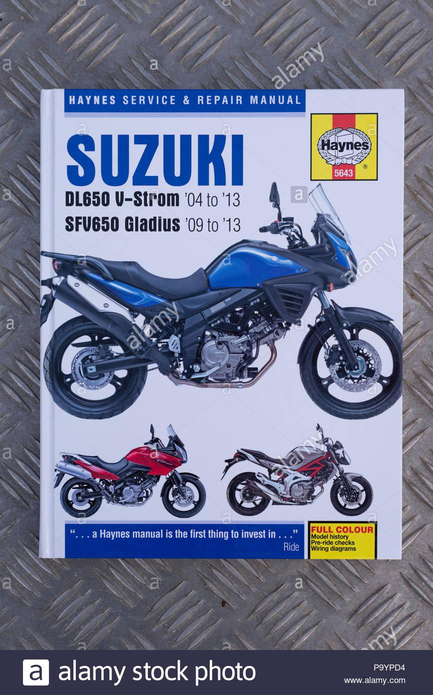 haynes manual suzuki dl650 straight stock photo 212666640 alamy rh alamy com suzuki dl 650 user manual suzuki dl 650 manual pdf
