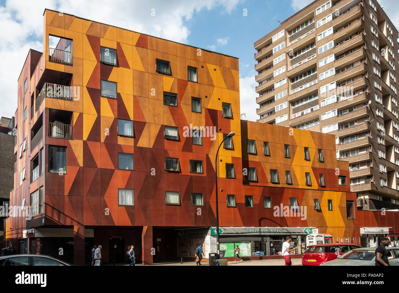Blocks of flats of different designs in New Kent Road, Elephant and Castle, Southwark, London. Select and Save convenience store. - Stock Image