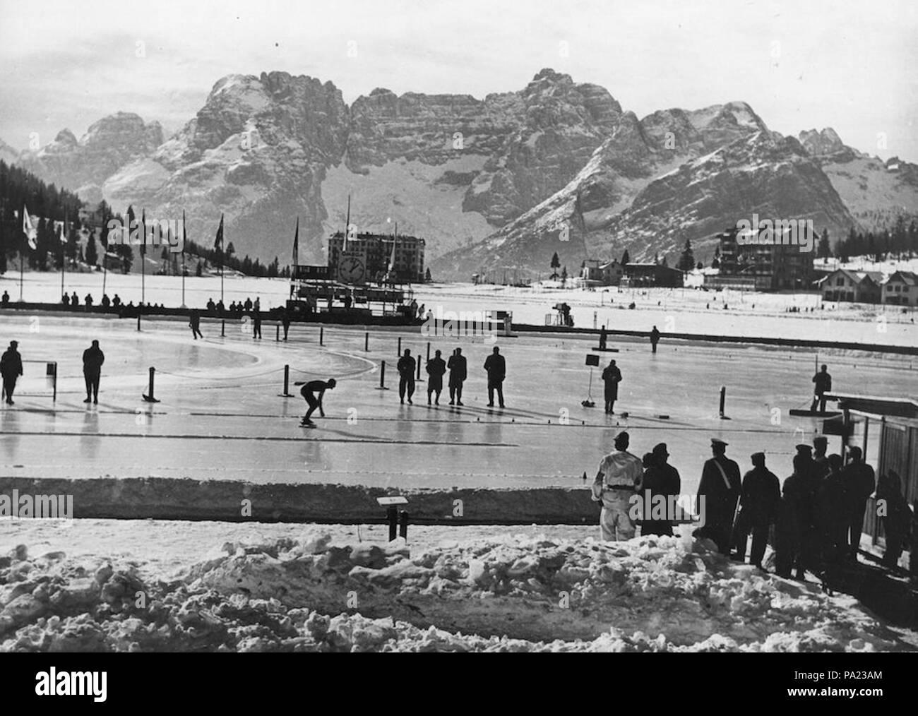 56 Cortina 1956 Winter Olympics - Soviet Russia's Boris Shilkov on the Olympic skating rink - Stock Image