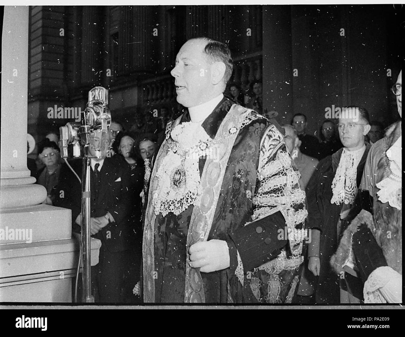 264 SLNSW 41552 Lord Mayor of London in Newcastle - Stock Image