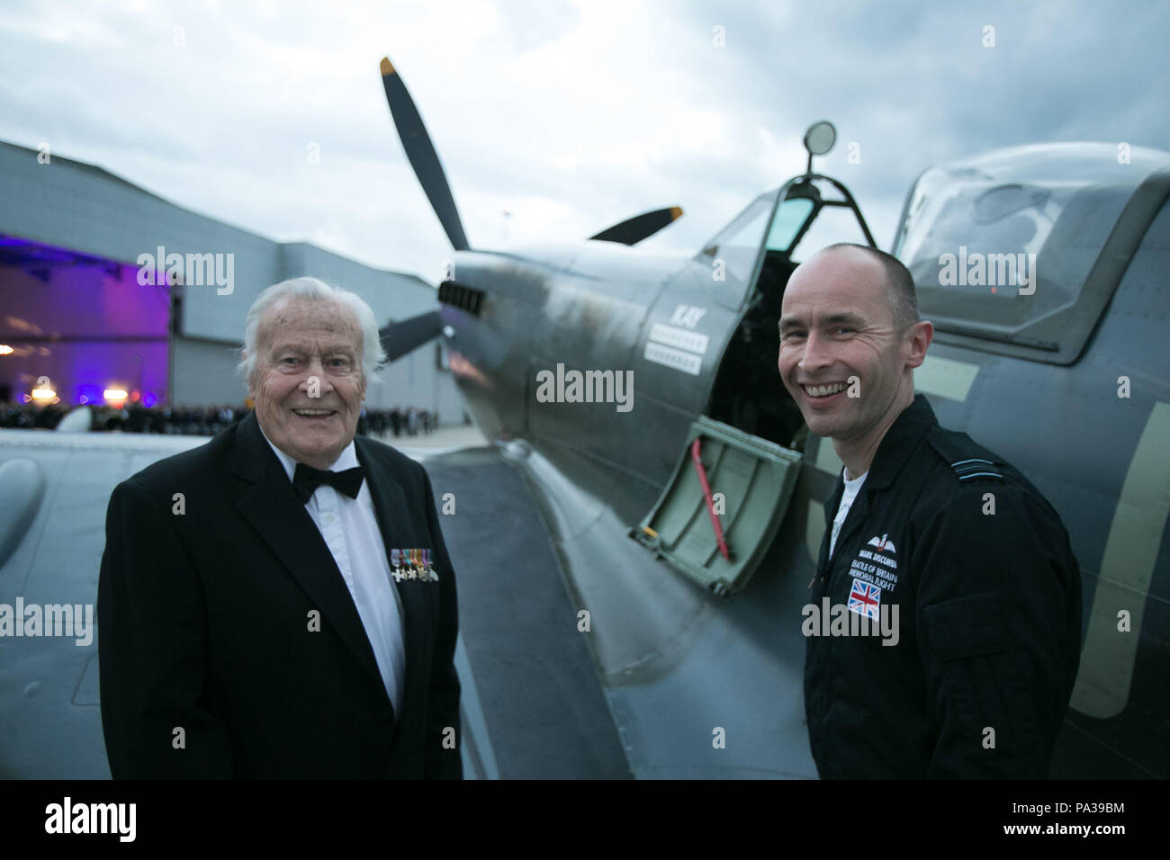 Pilot Geoffrey Wellum (left), a veteran of the Battle of Britain, talks about the Spitfire with Squadron Leader Mark Discombe at RAF Northolt during the RAF Benevolent Fund's commemorative dinner to mark the 75th anniversary of the battle. ... Battle of Britain commemorations ... 17-09-2015 ... Ruislip ... UK ... Photo credit should read: Daniel Leal-Olivas/PA Archive. Unique Reference No. 24143531 ... Picture date: Thursday September 17, 2015. Photo credit should read: Daniel Leal-Olivas/PA Wire Stock Photo