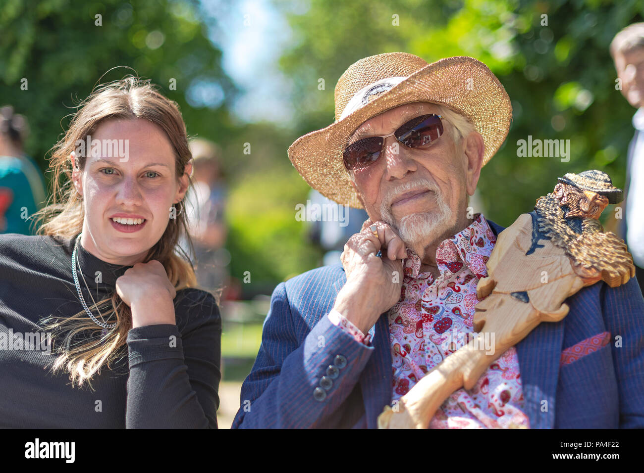 GRISSLEHAMN, SWEDEN, JULY 7th 2018: Closeup of the Albert Engström award winners 2018, Owe Thörnqvist and Ester Eriksson during a sunny day at Engströ - Stock Image