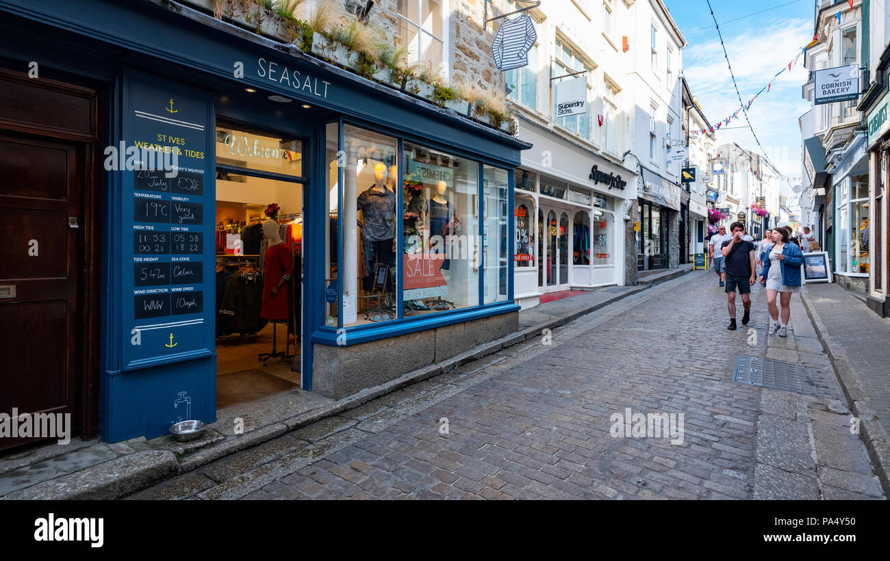 St.Ives Seasalt clothing store on Fore Street - Stock Image