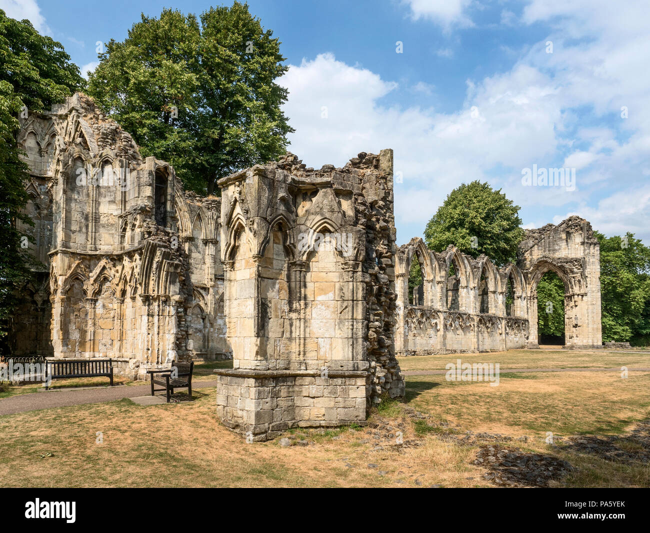Parched grass at St Marys Abbey Ruins in Museum Gardens during the hot summer of 2018 York Yorkshire England - Stock Image