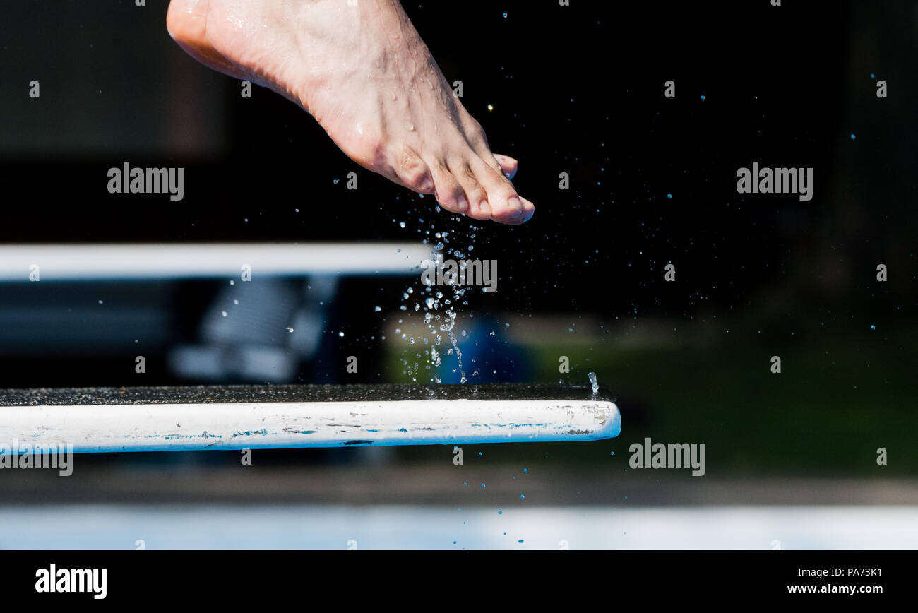 Wandplank 1 Meter.Hannover Germany 18th July 2018 Water Drops Flying As A Swimmer