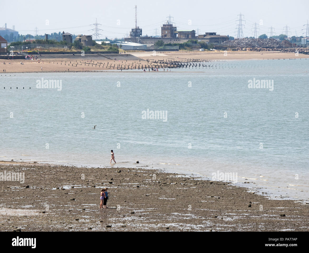 Sheerness, Kent, UK. 21st July, 2018. UK Weather: a sunny and warm day in Sheerness, Kent. Credit: James Bell/Alamy Live News Stock Photo