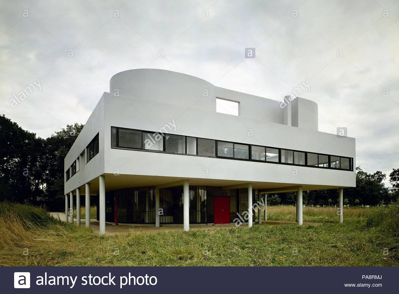 Villa Savoye, Poissy Stock Photos & Villa Savoye, Poissy Stock ...