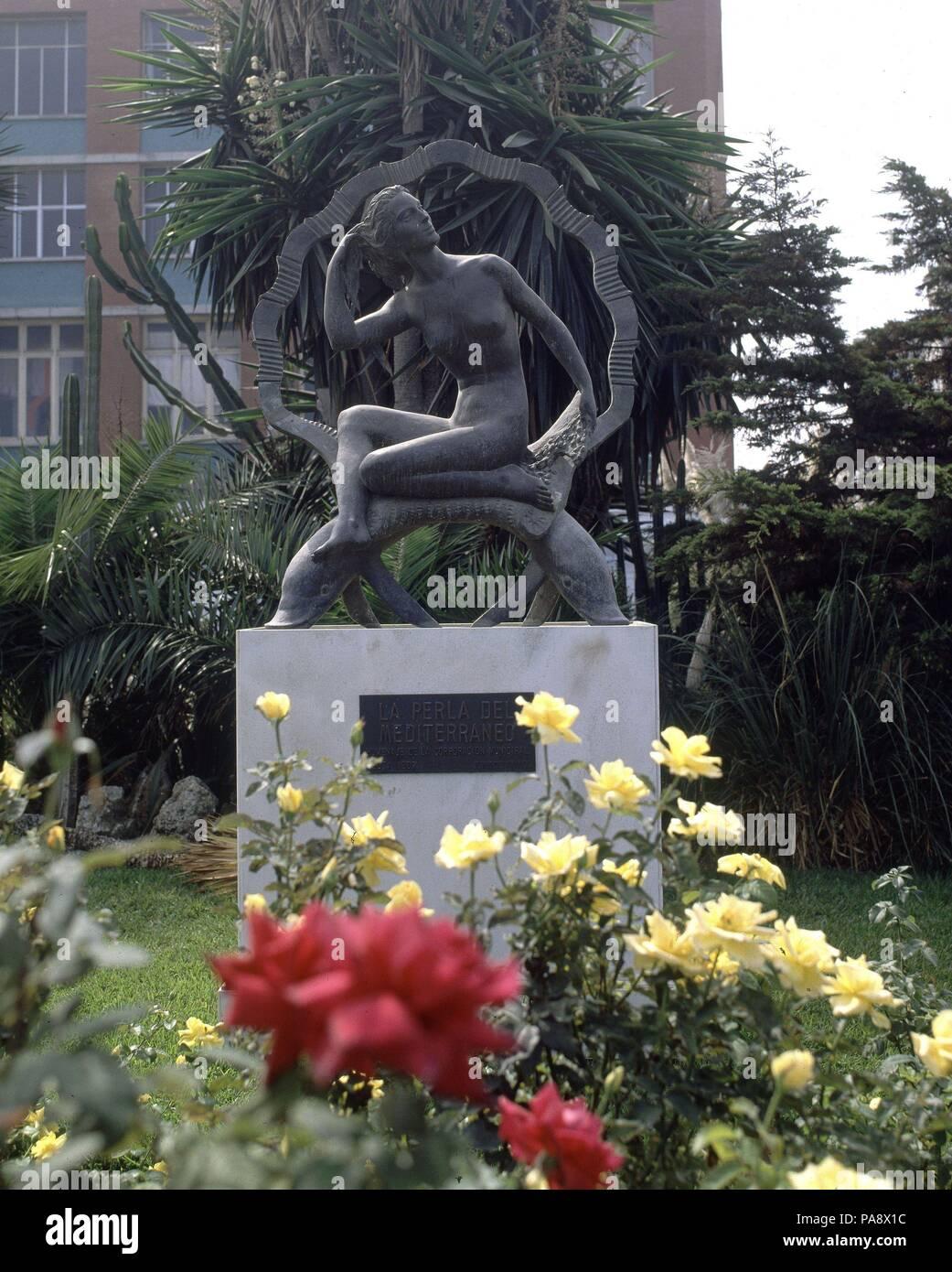 Plaza Constitucion Jardin Escultura La Perla Del Mediterrane - Escultura-jardin
