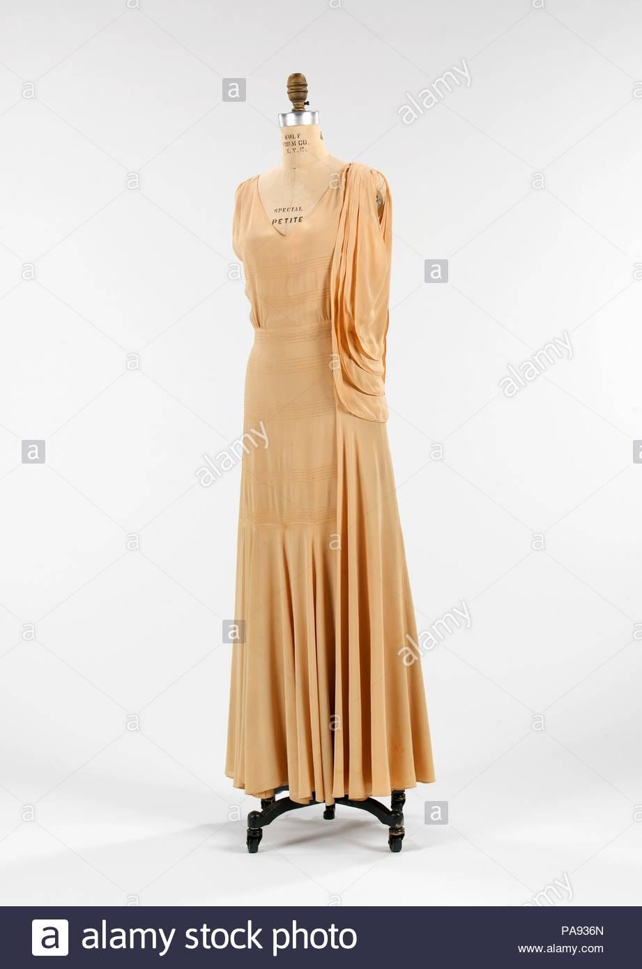 La petite robe de paul samenvatting