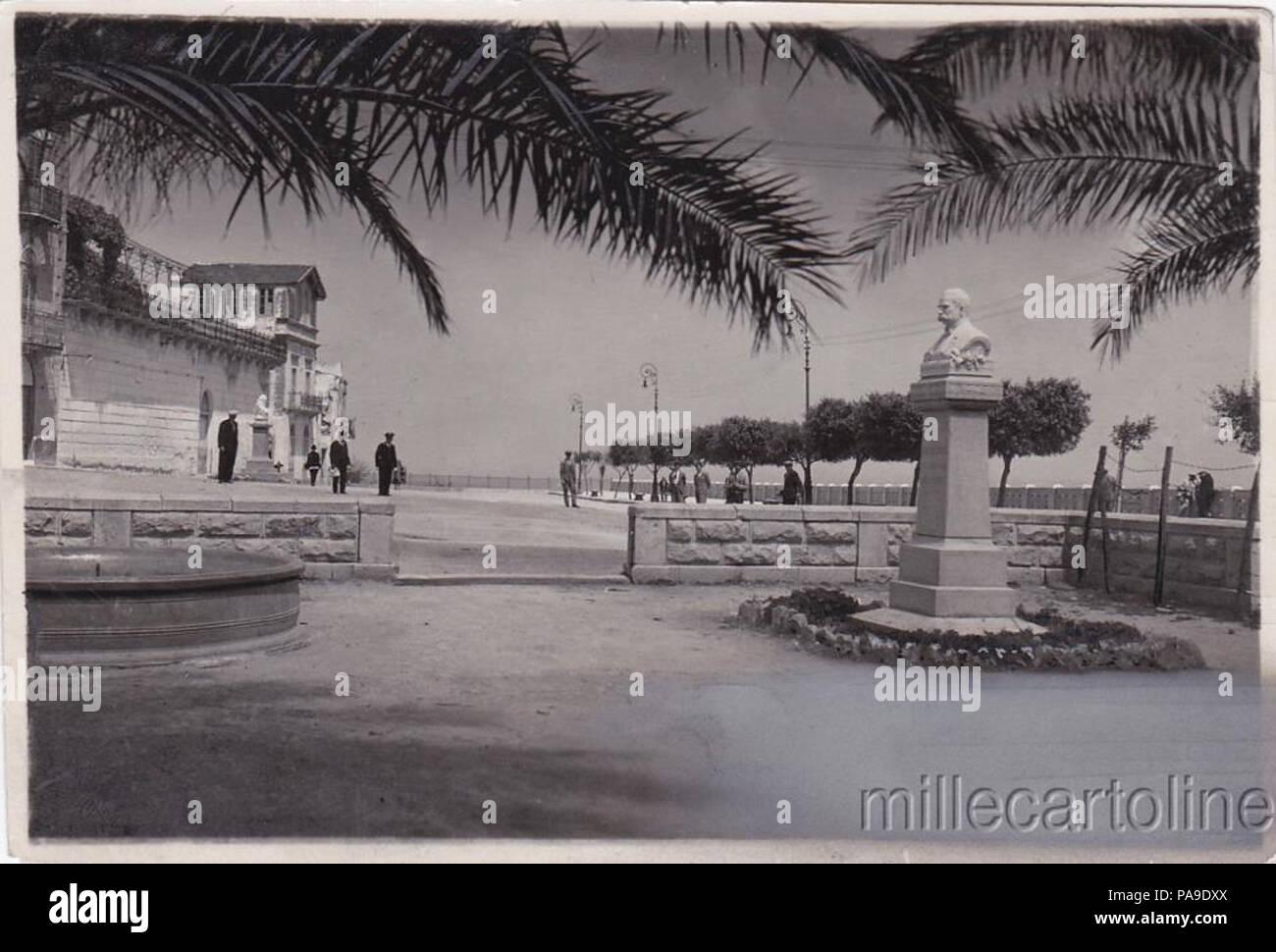 198 Piazza Bagolino - Stock Image