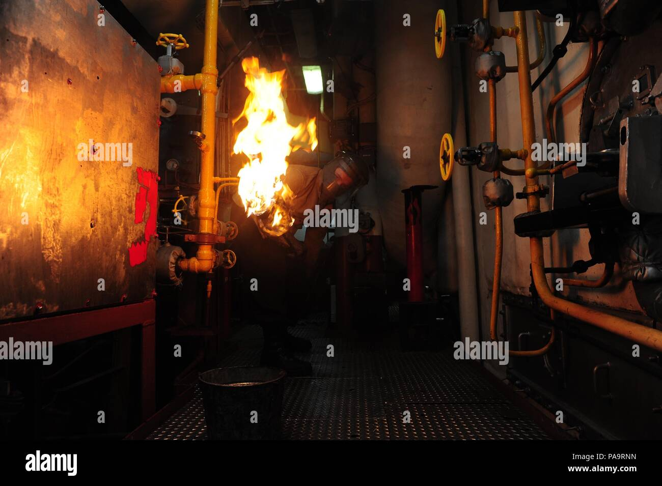 160303-N-VD165-029 PACIFIC OCEAN (March 3 2016) Fireman & Boiler Torch Stock Photos u0026 Boiler Torch Stock Images - Alamy