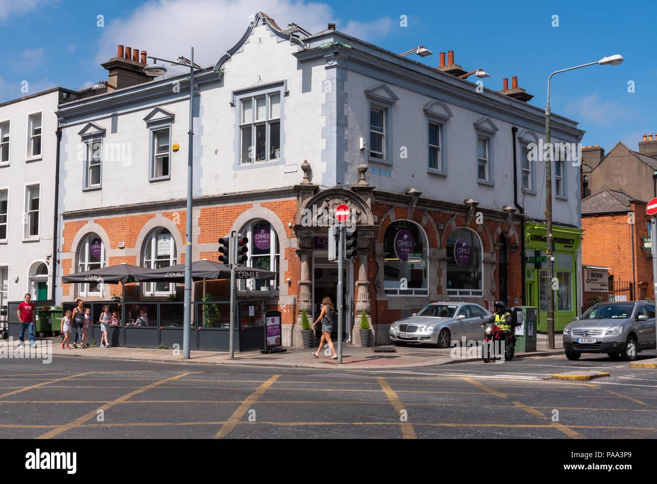 Neighborhood Restaurant in Dublin, Ireland - Stock Image