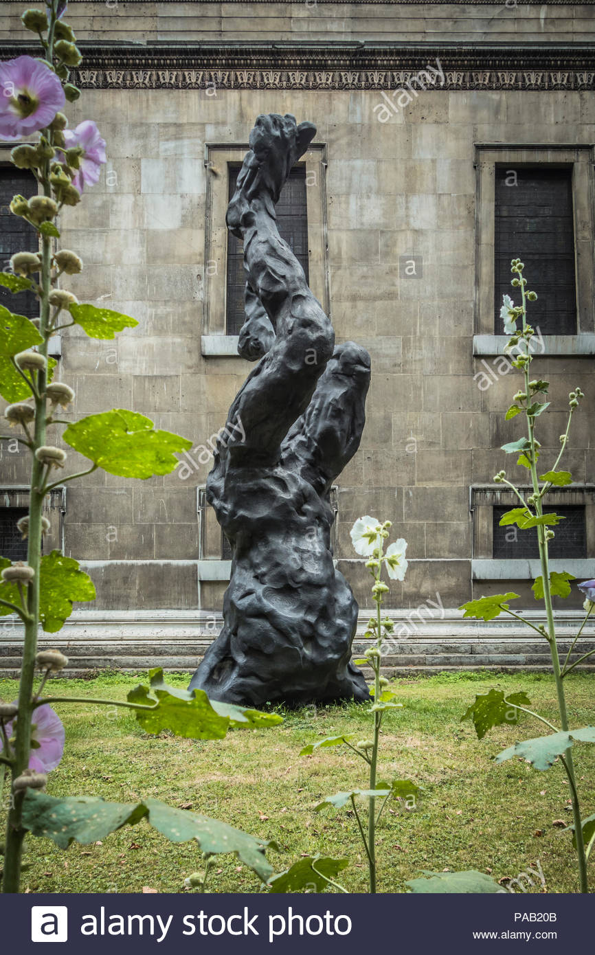 David Breuer-Weil's Alien bronze sculpture in Saint Pancras Churchyard on Euston Road in St Pancras' Churchyard, London, UK - Stock Image