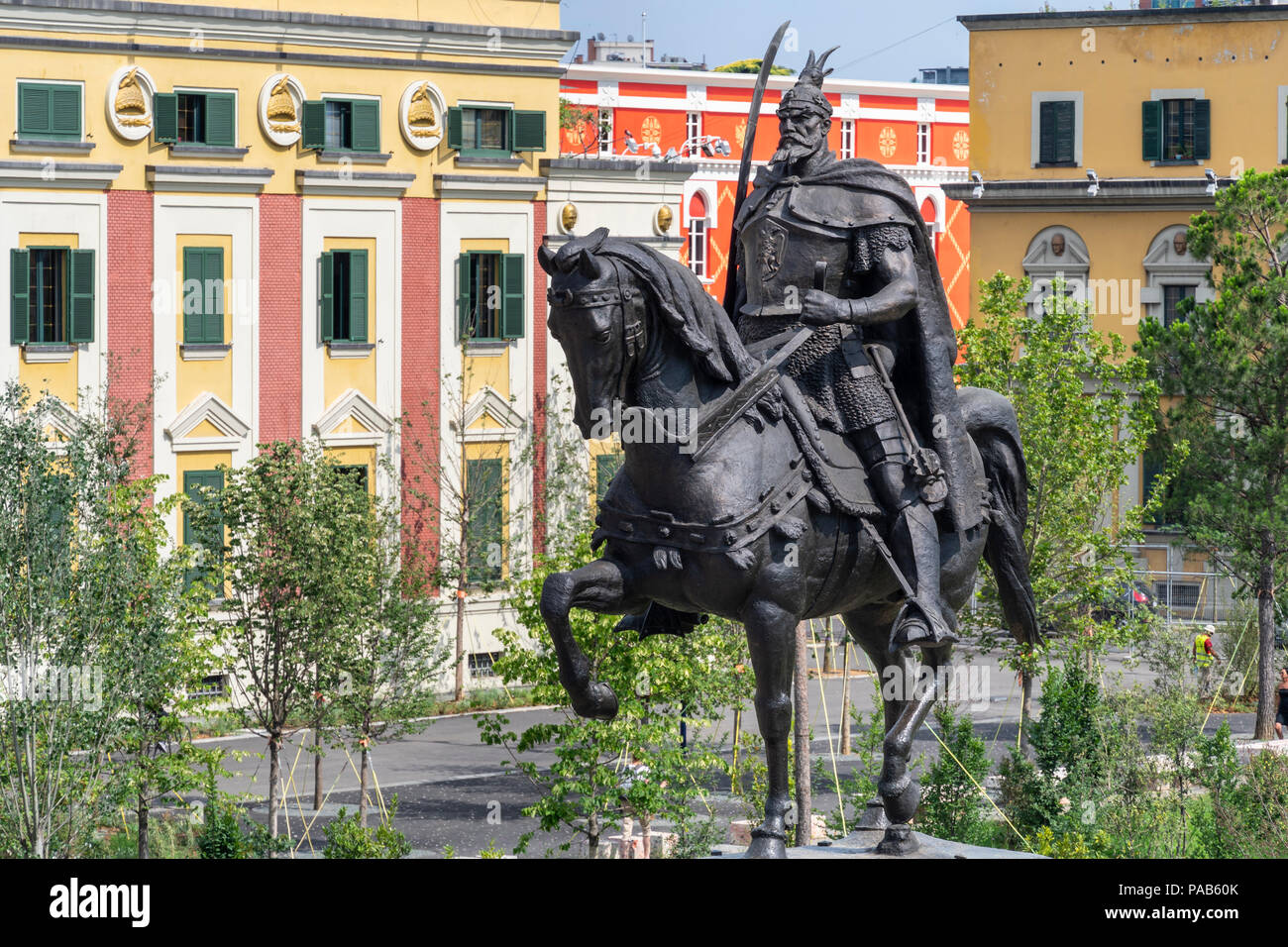 The Statue of Skanderbeg at the centre of Skanderbeg Square with the Government offices in the background, Tirana, Albania, - Stock Image
