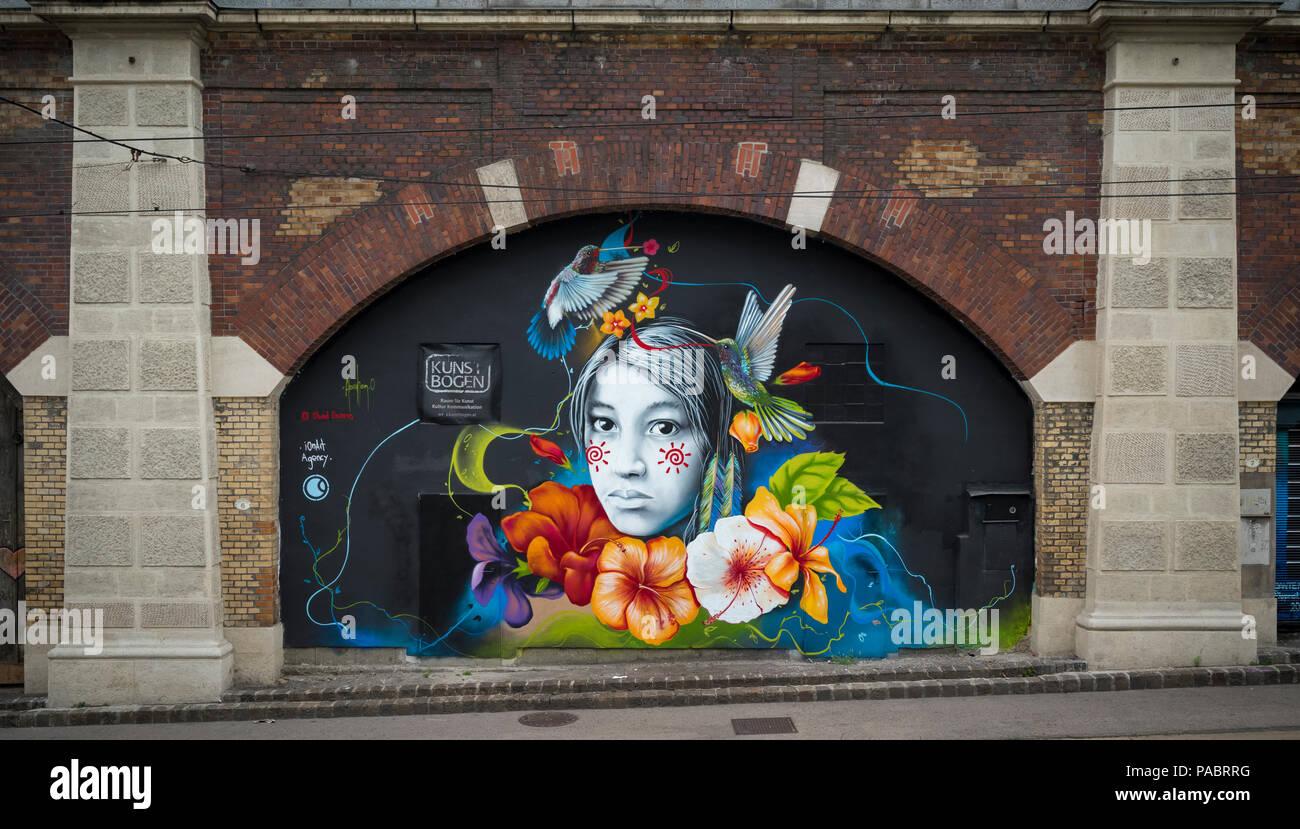 GRAFFITI                   WEST BANHOF    VIENNA AUSTRIA - Stock Image