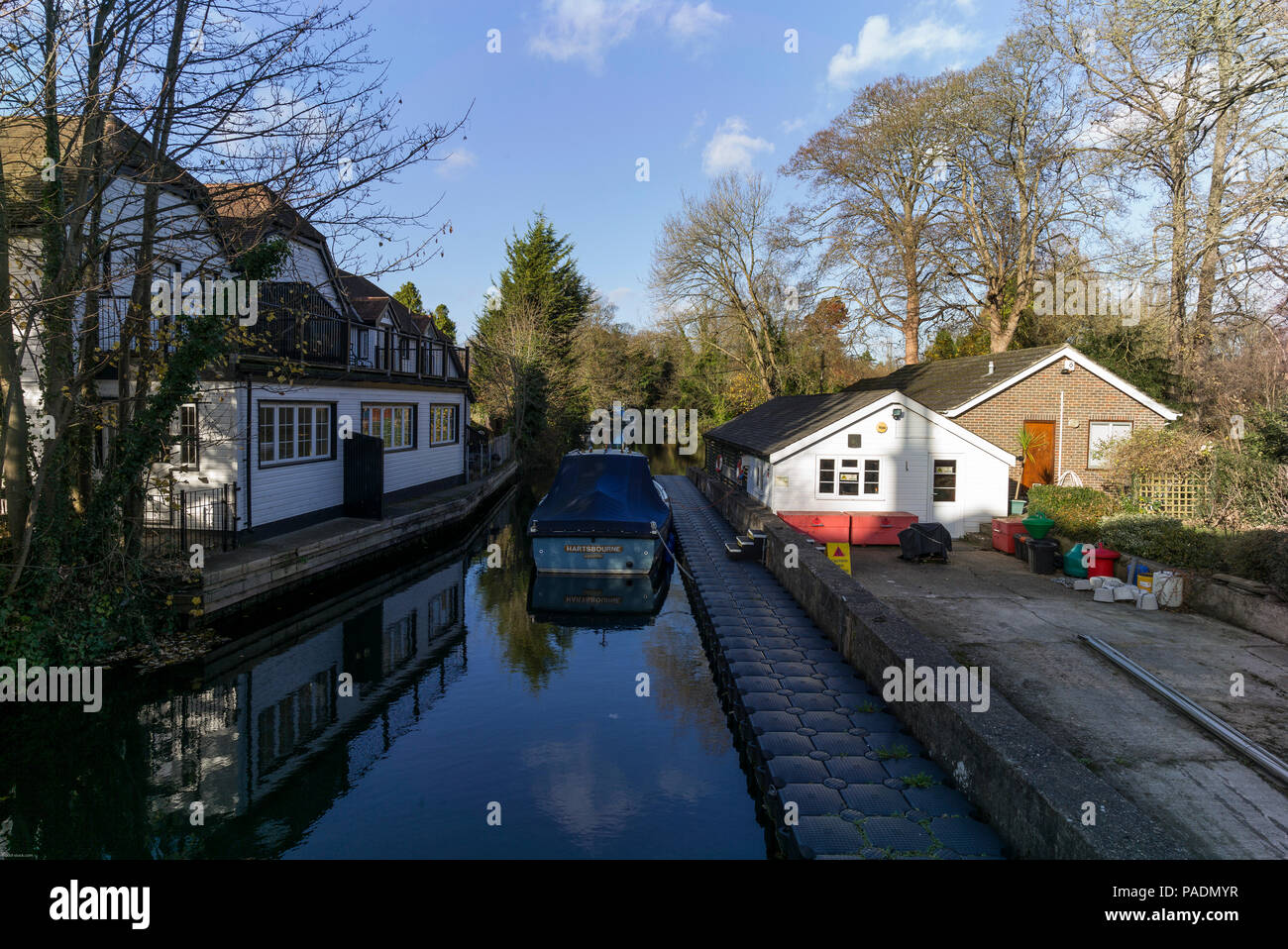 Sunny day home office Me Yet raymill Island Maidenhead Berkshire Uk General View On Sunny Amazoncom On Sunny Day Of Raymill Island Stock Photos On Sunny Day Of