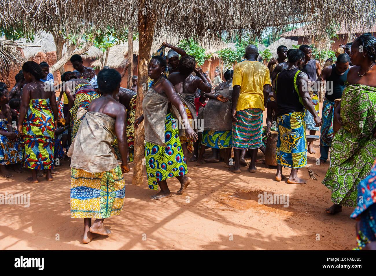 KARA, TOGO - MAR 11, 2012: Unidentified Togolese women in a